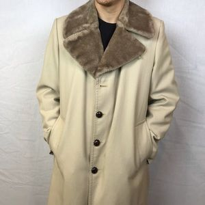London Fog Vintage Trench Coat Fur collar lining